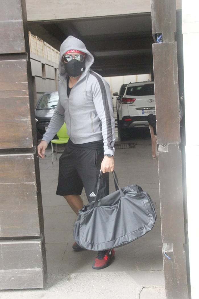Emraan Hashmi was spotted outside his gym.