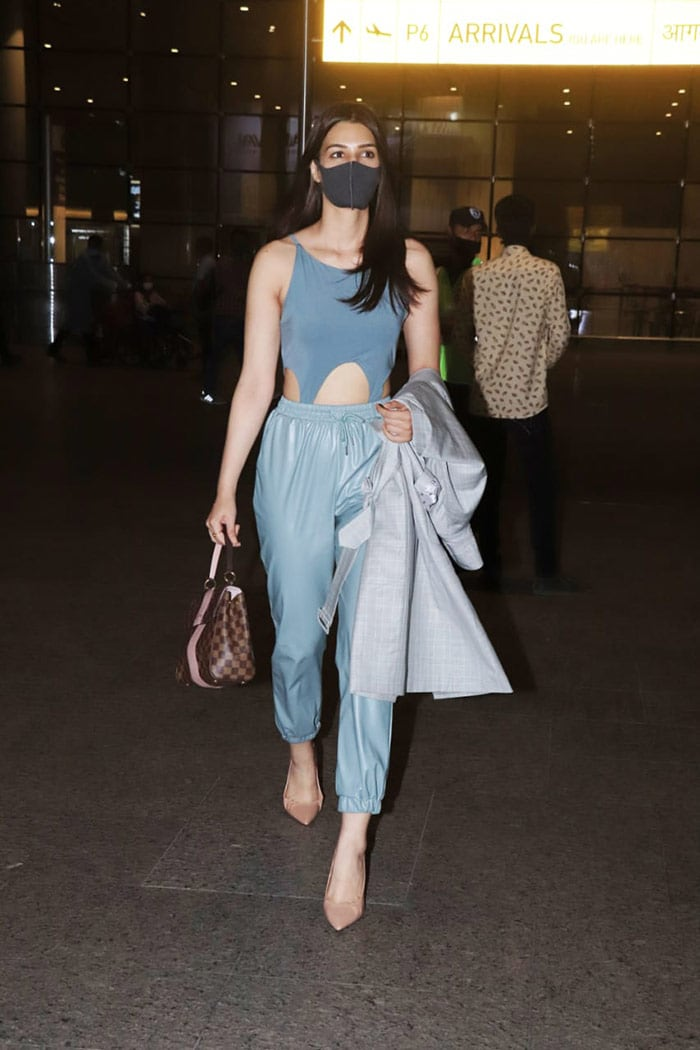 Meanwhile, Kriti Sanon exuded elegance at the arrival in her blue ensemble.