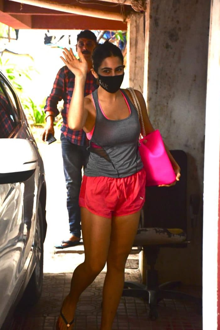 Sara Ali Khan waved at the shutterbugs as she was pictured outside her Pilates studio.