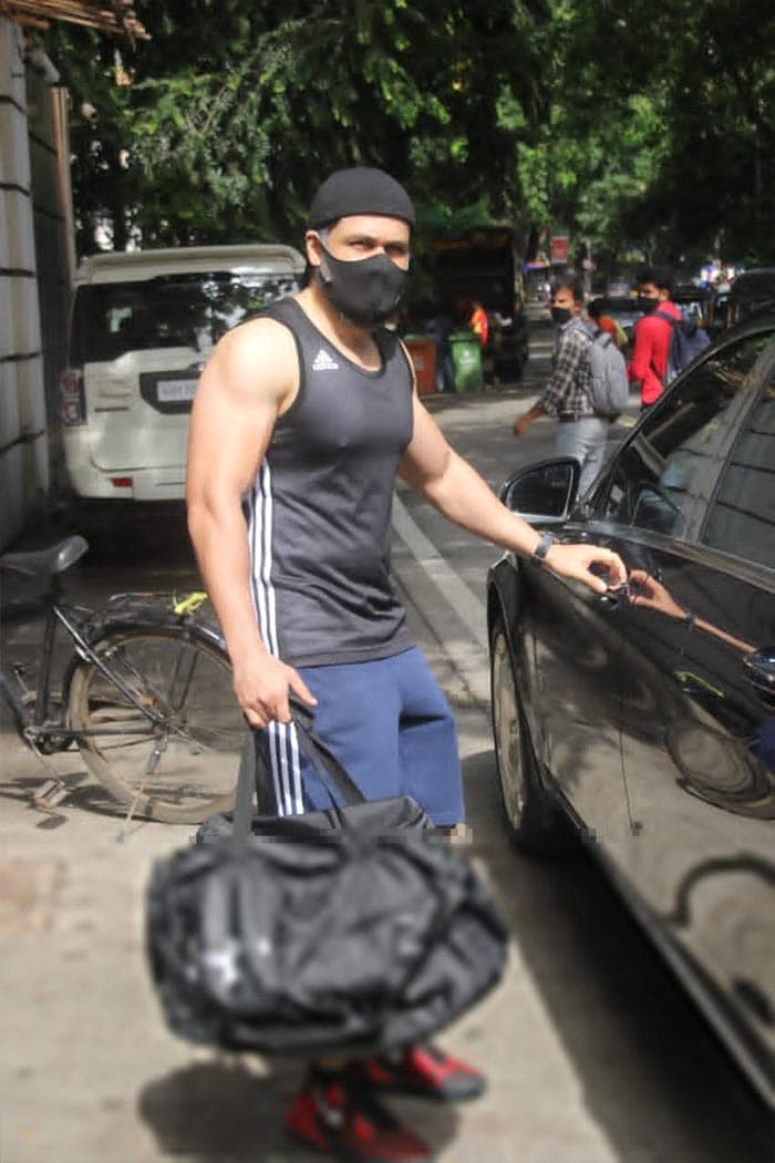 Emraan Hashmi was snapped outside his gym.