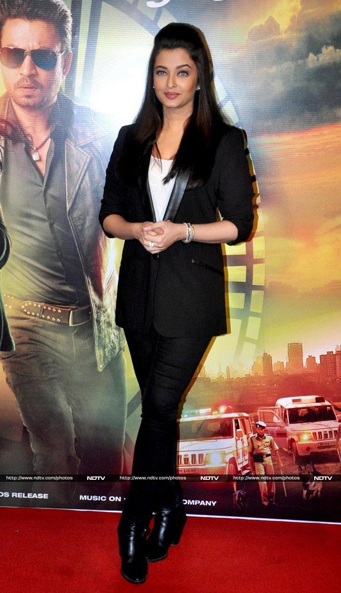 Welcome Back, Aishwarya: Actress Launches Jazbaa Trailer