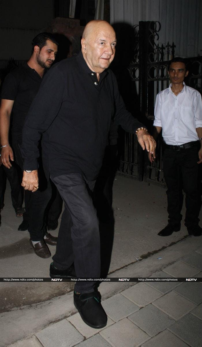 Jeetendra Celebrates Birthday With Family And Friends