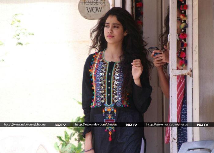Much Jhanvi Kapoor, Such Wow