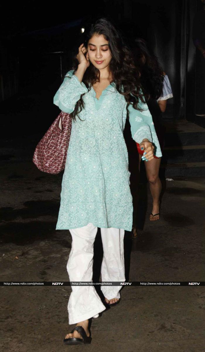Jhanvi Kapoor And Sara Ali Khan Nailed It Together