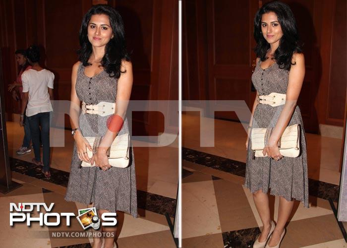 Urmila, Sangeeta in fashion front row
