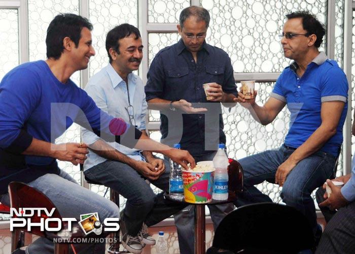 Sharman, Vidhu, Raju unveil the first look of Ferrari Ki Sawari