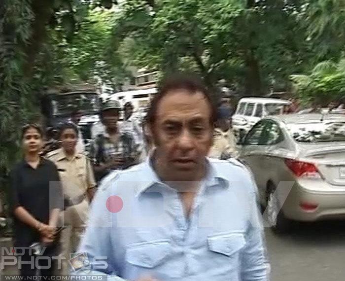 Aamir, Sid Mallya pay last respects to Jiah