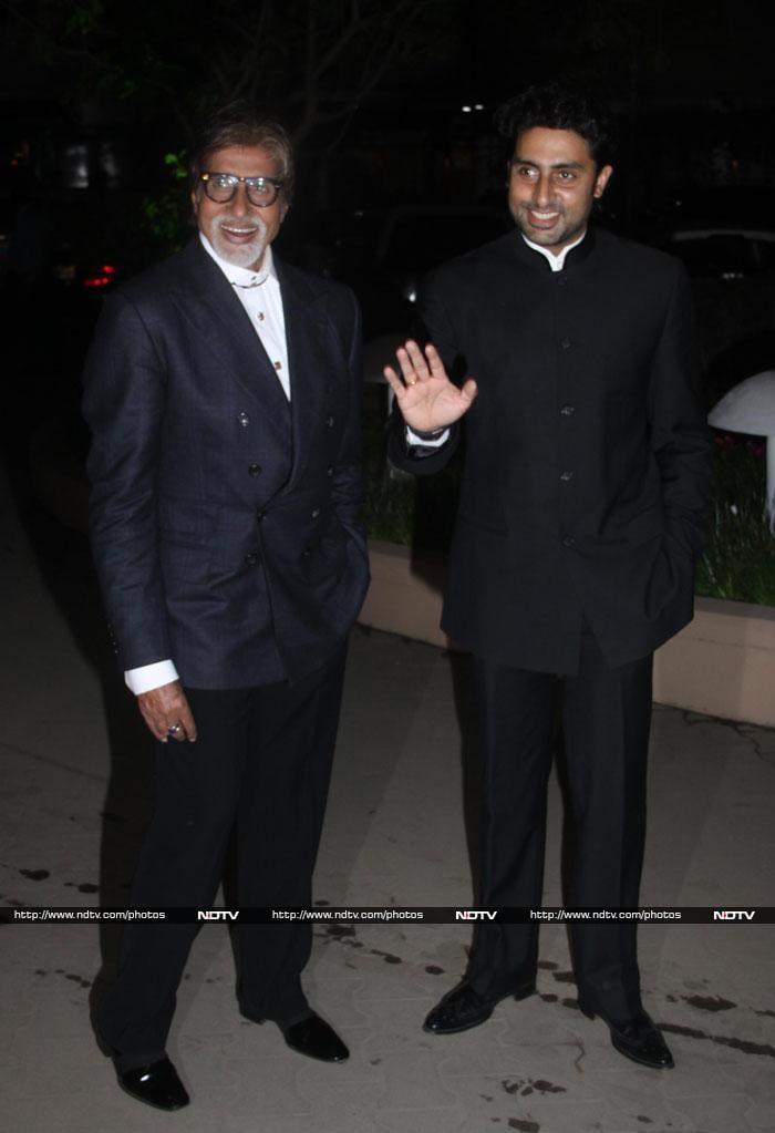 Bachchans, Kajol, Ajay at Bollywood wedding