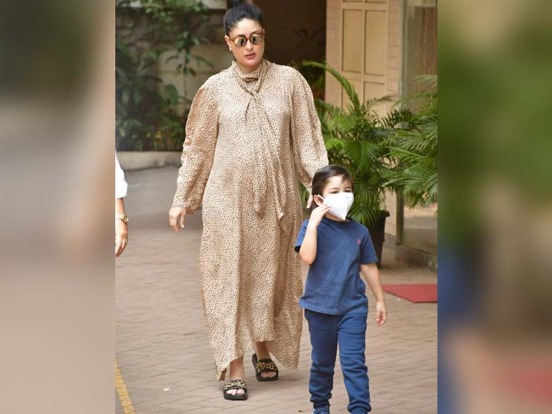 Photo : Mom-To-Be Kareena Kapoor Spotted With Son Taimur