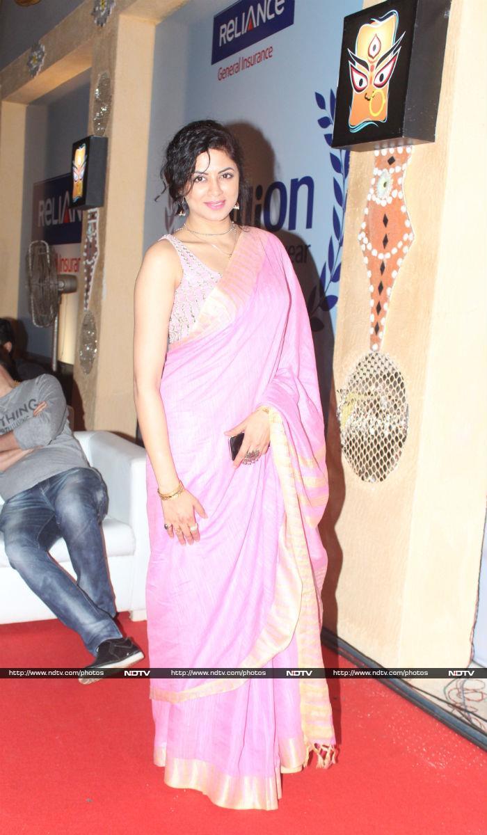 Kajol\'s Close-Knit Durga Ashtami With Tanuja, Ayan Mukerji