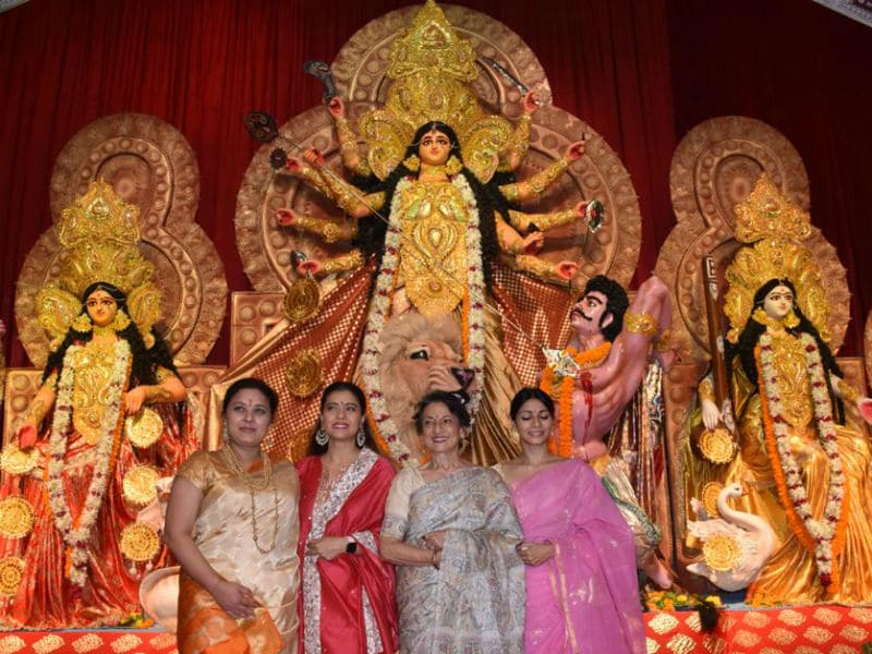 Kajol, Tanishaa And Tanuja Are All Set For Durga Puja Celebrations