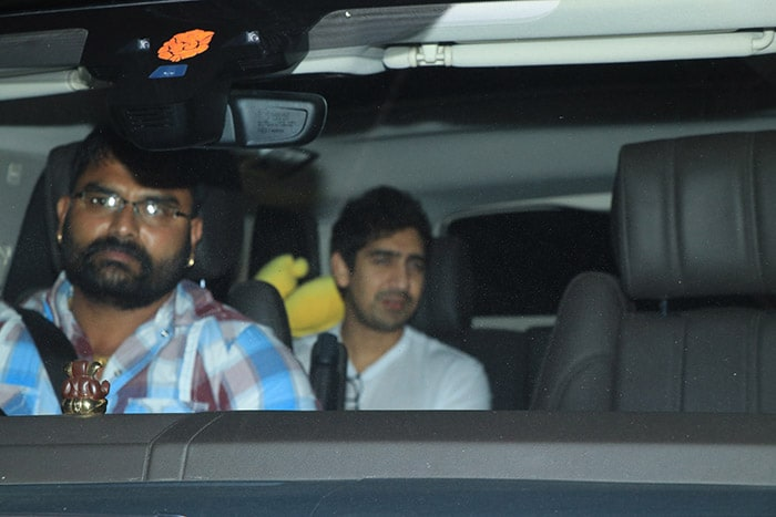 Kalank Gets Bumper Opening, Karan Johar, Alia Bhatt And Others Pop The Champagne
