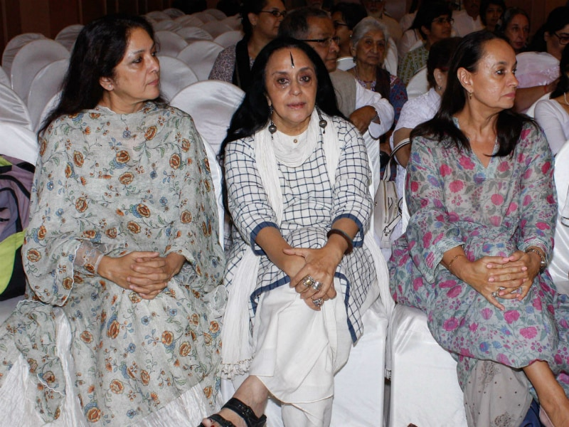 Soni Razdan, Neena Gupta Attend Kalpana Lajmi's Prayer Meet