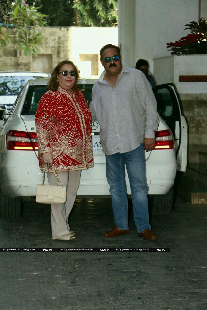 Kareena Skips Kapoor\'s Christmas Brunch. Karisma, Ranbir Were There