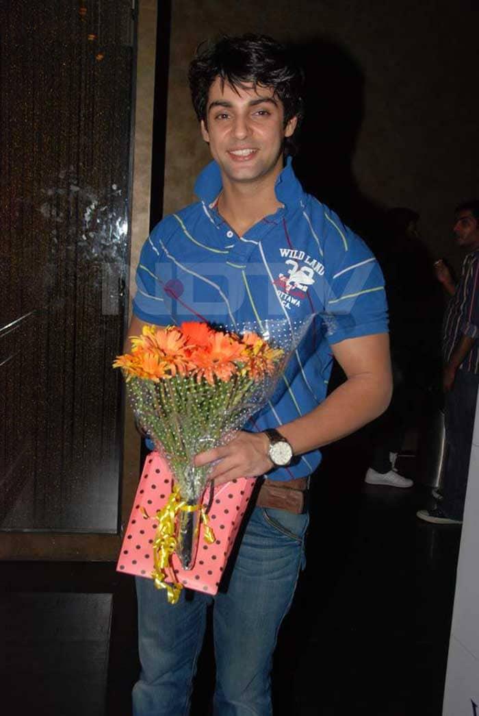TV actor Karan Wahi\'s birthday bash