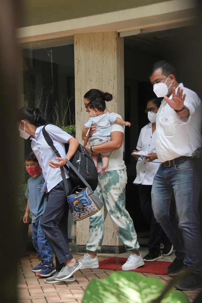Kareena Kapoor\'s Weekend Diaries With Taimur And Baby Jeh