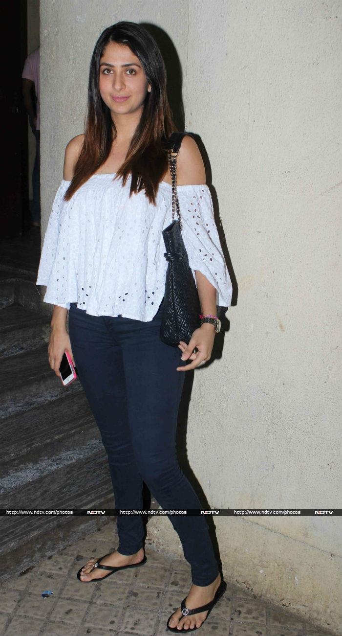 In Which Kareena\'s Megawatt Smile Lights Up Everyone\'s Day