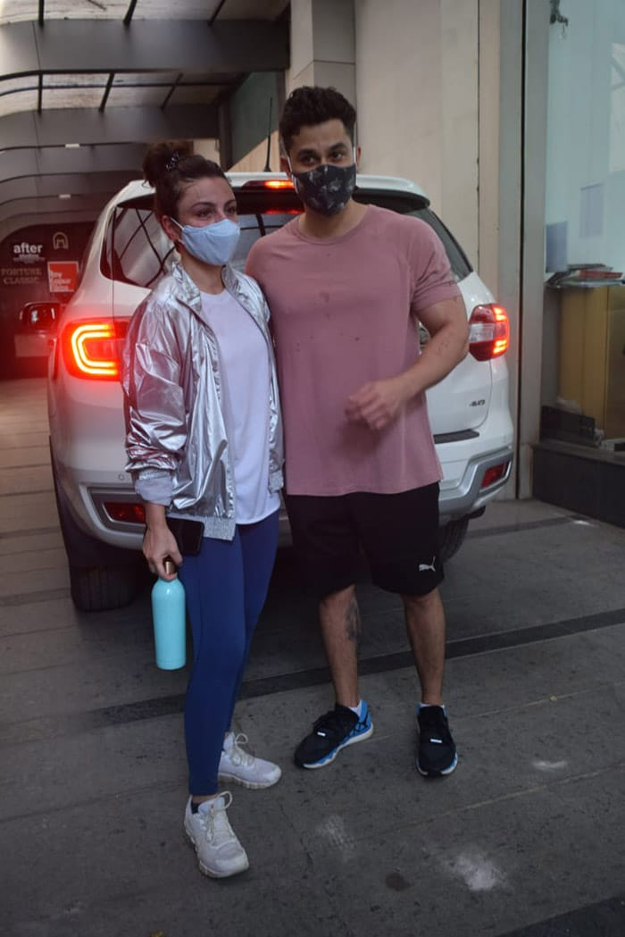 Sara\'s aunt and uncle Soha Ali Khan and Kunal Kemmu were also pictured outside a gym in Khar.