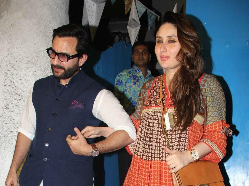 Photo : Kareena And Saif's Dinner Date, Hand-In-Hand