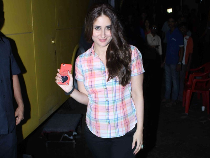 For Pregnant and Glowing Kareena, It's Business as Usual
