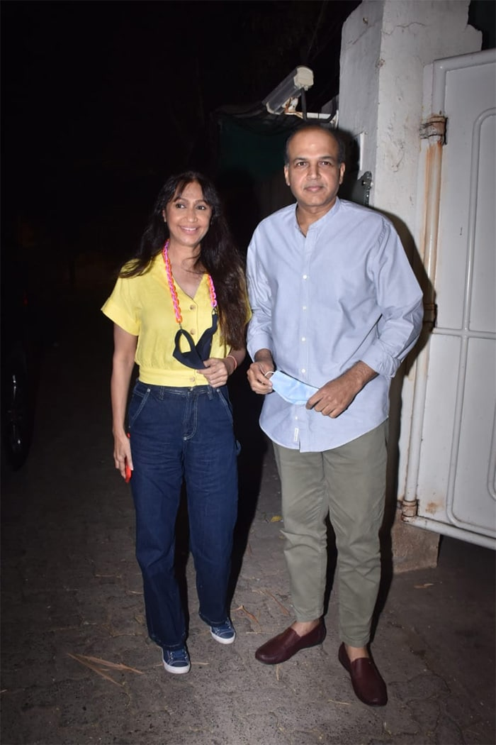 Ashutosh Gowariker was spotted with his wife Sunita Gowariker at the screening of Koi Jaane Na.