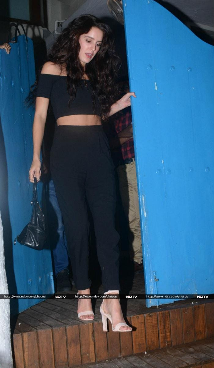 Katrina Kaif Dines With Sister Isabelle And Friends