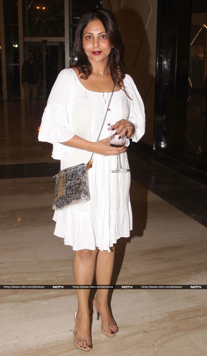 One More Fashion Hit: Katrina Looks Fabulous