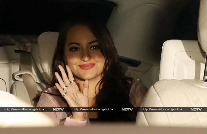 Karan Johar\'s Roaring Bash For Katy Perry: Aishwarya To Vijay Deverakonda, Everyone Was There