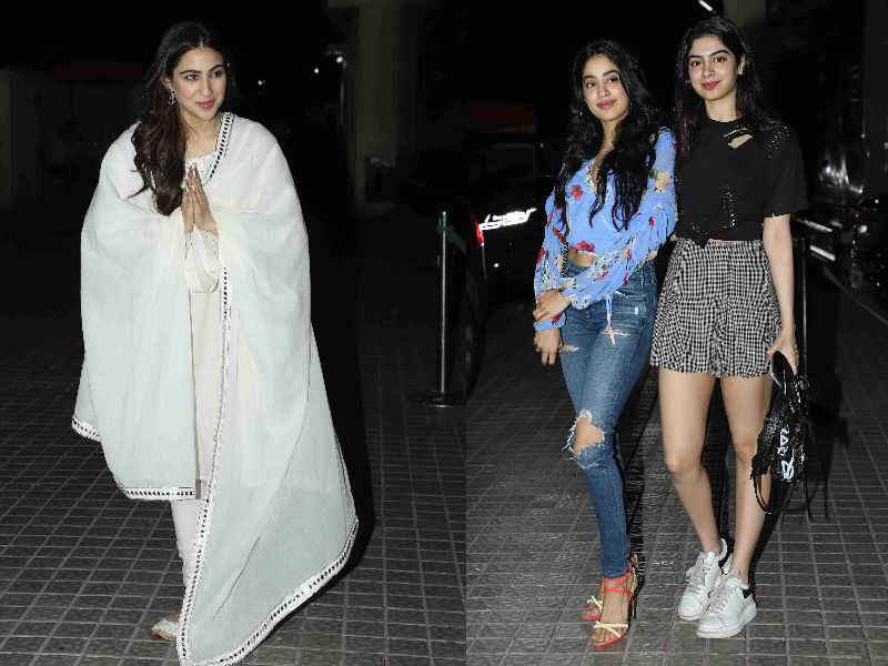 Sara Ali Khan Watches Kedarnath With Jahnvi, Khushi, Ananya And Kartik Aaryan