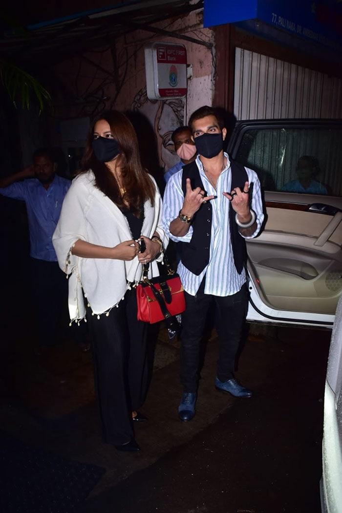 Keeping Up With Madhuri Dixit And Raveena Tandon