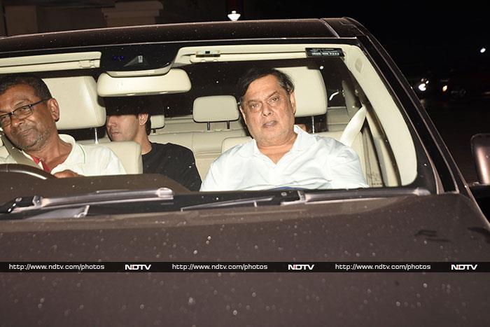 अक्षय कुमार की फिल्म 'केसरी' की स्पेशल स्क्रीनिंग में पहुंचे ये सितारे