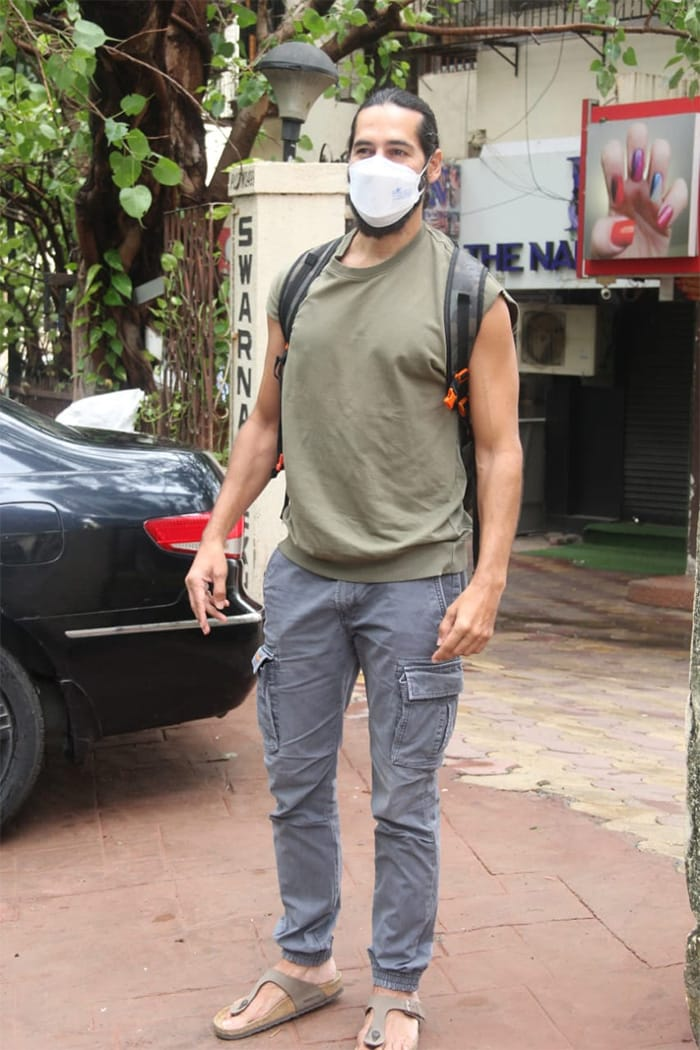 In another part of the city, actor Dino Morea was snapped in Bandra.