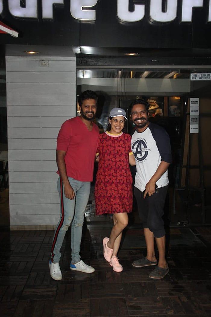 When Kiara Advani And Ananya Panday Step Out In Mumbai