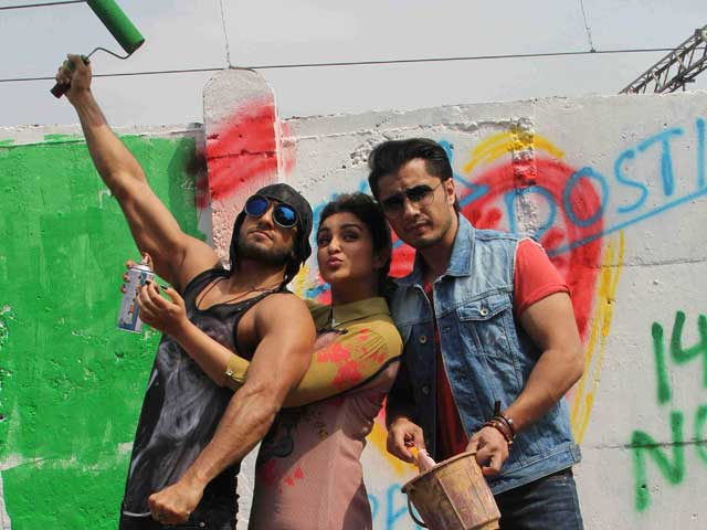 Art Attack: Ranveer, Parineeti, Ali Zafar