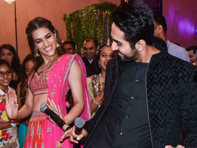 Kriti Sanon, Ayushmann Khurrana Are Partners In Crime
