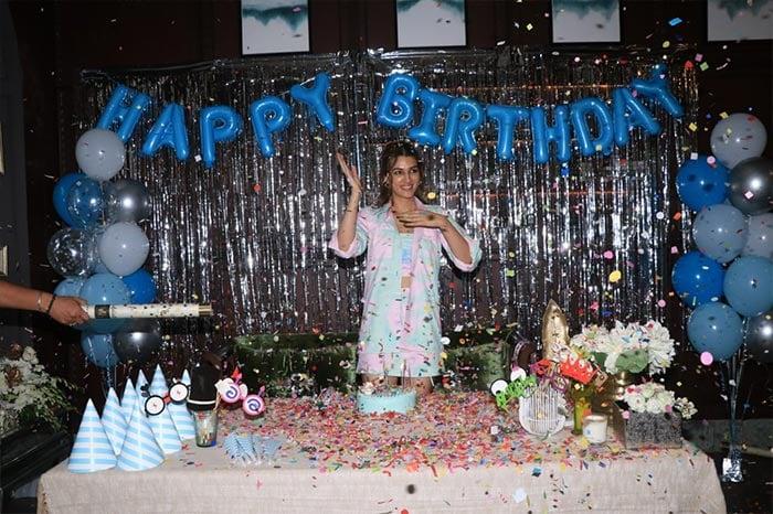 Sparkle And Smiles From Kriti Sanon\'s Surprise Birthday Festivities