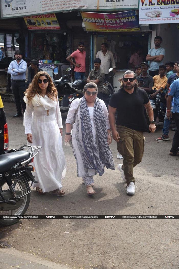 कुशल पंजाबी का निधन, करणवीर बोहरा और कुब्रा सैत समेत कई टीवी स्टार श्रद्धांजलि देने पहुंचे