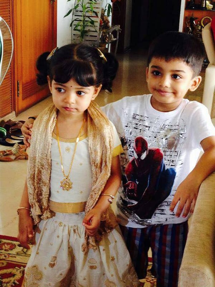 Aaradhya Bachchan\'s Playdate With Cousin Vihaan