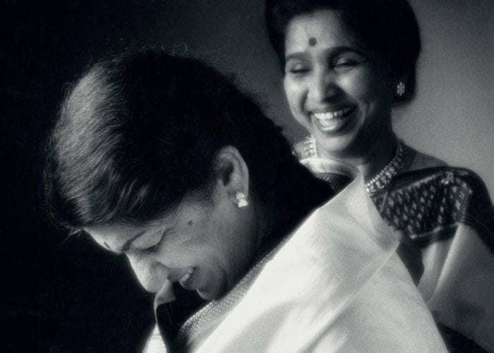 87 वर्ष की हुईं स्वर कोकिला लता मंगेशकर, जन्मदिन की बधाई
