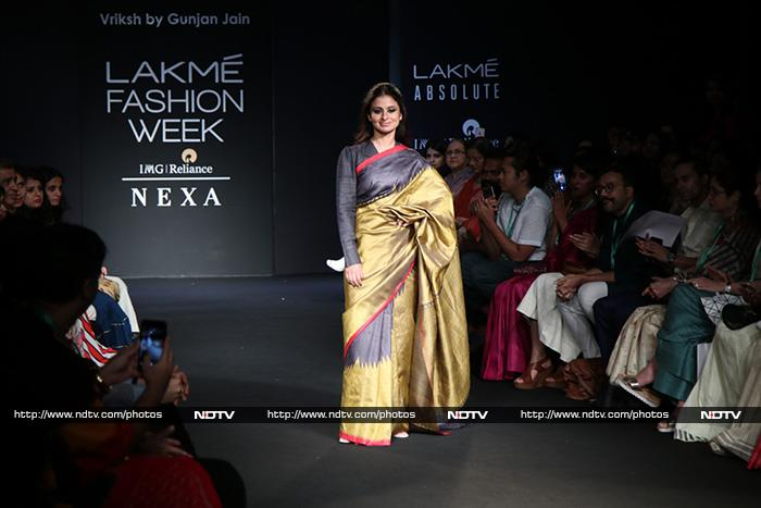 Lakme Fashion Week 2018: Sushmita Sen Adds Her Spunk To A Quirky Outfit