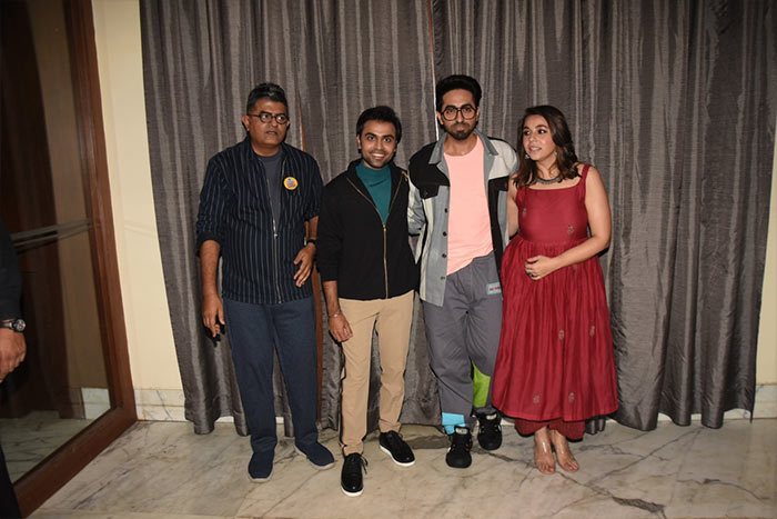 Sara Ali Khan And Kartik Aaryan Are Busy With Promotions Aaj Kal