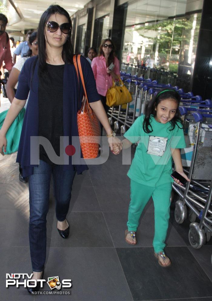 Fly away home: Gauri Khan and friends
