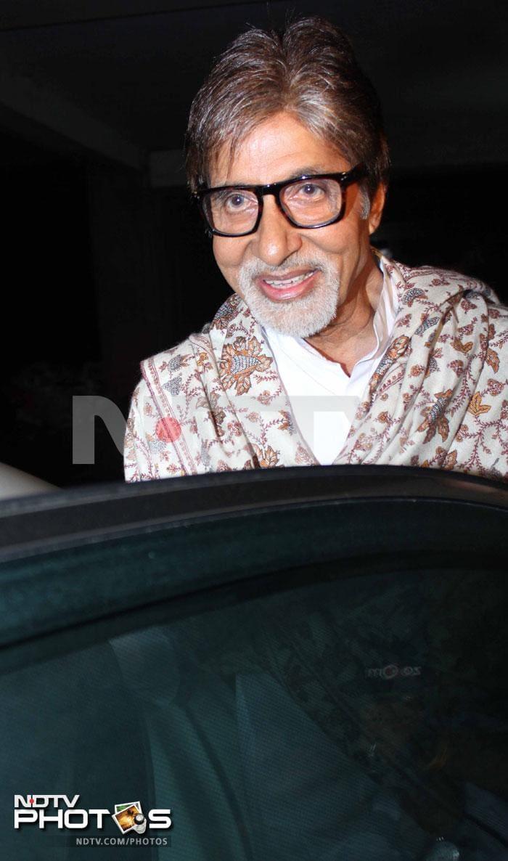 Movie time: Bachchans, Akhtars