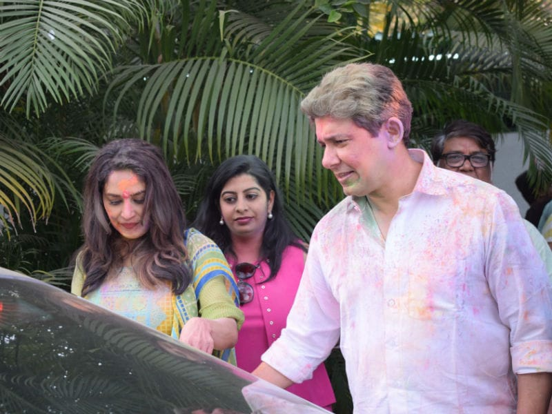 Madhuri Dixit Is All Set For Holi
