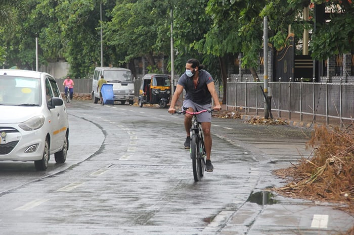 Dino Morea was snapped cycling on Carter Road.