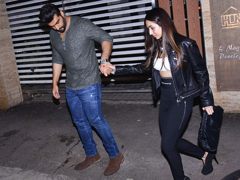 Malaika And Arjun Steal The Show At Friend's Birthday Bash