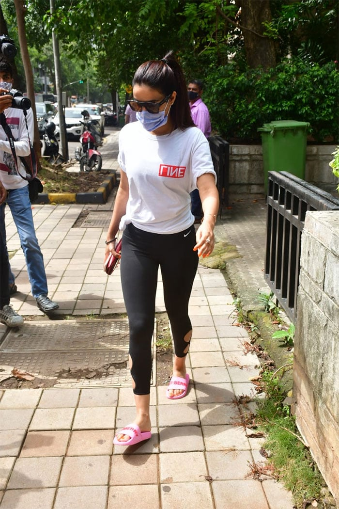 Former Bigg Boss contestant Jasmin Bhasin was pictured outside a clinic in Santa Cruz.