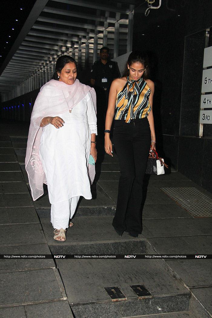 How Malaika Arora, Kajol And Janhvi Kapoor Brightened Up Mumbai