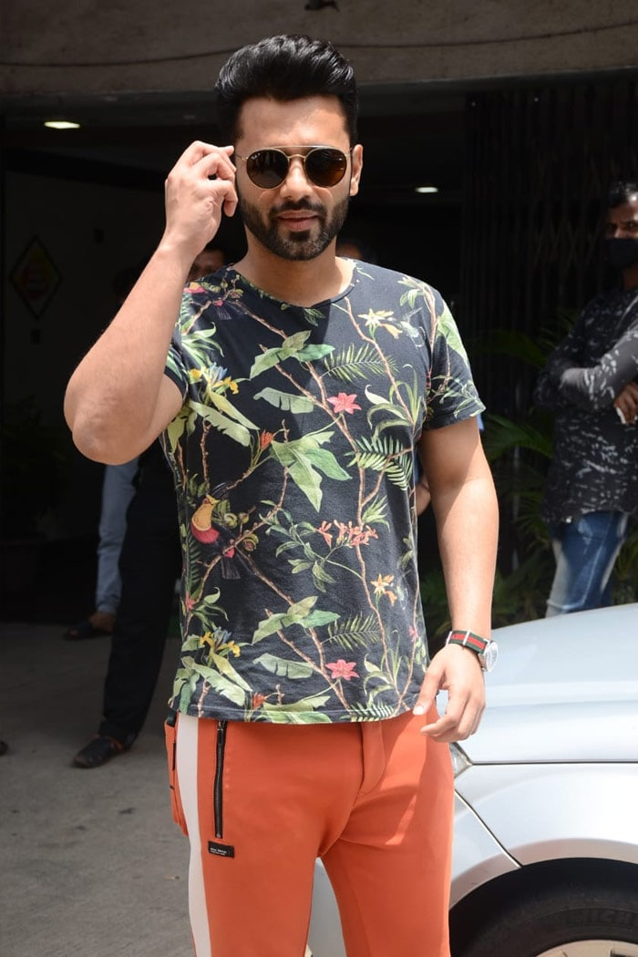 Singer Rahul Vaidya was spotted outside a salon.