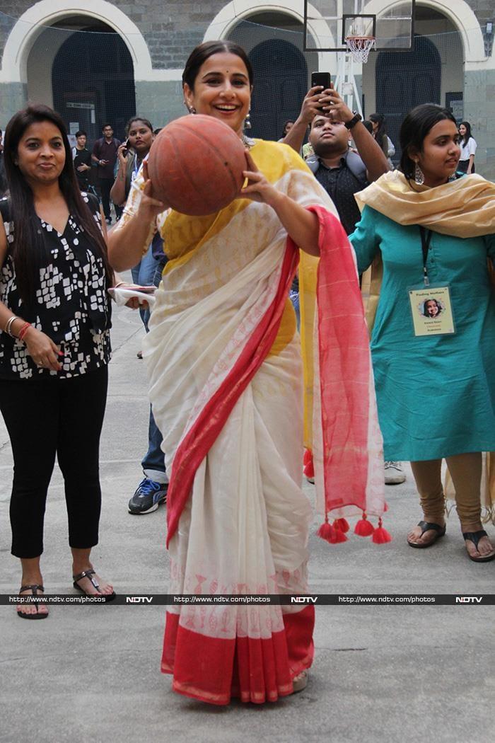 ये है रानी मुखर्जी, मलाइका अरोड़ा और अनन्या पांडे की मिड-वीक डायरी...